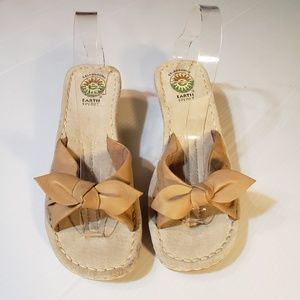 Earth Spirit Boone Bow Leather Wedges Slides 8.5